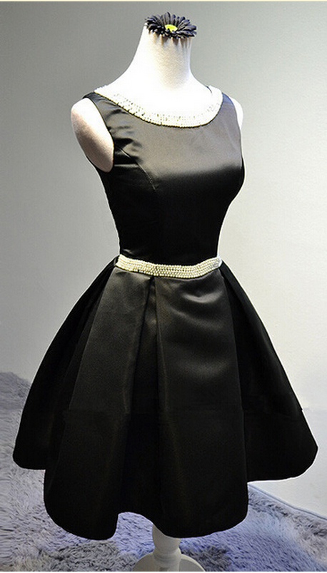 Fashion Handmade beaded black evening dress bridesmaid dress and pearls, cute short dresses