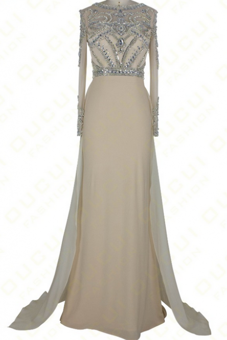 Formal photo gown with long sleeves