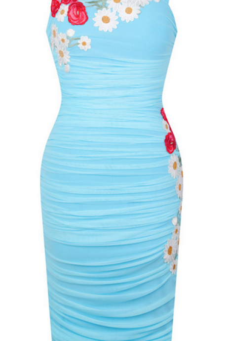 Sky-blue plait short evening dress
