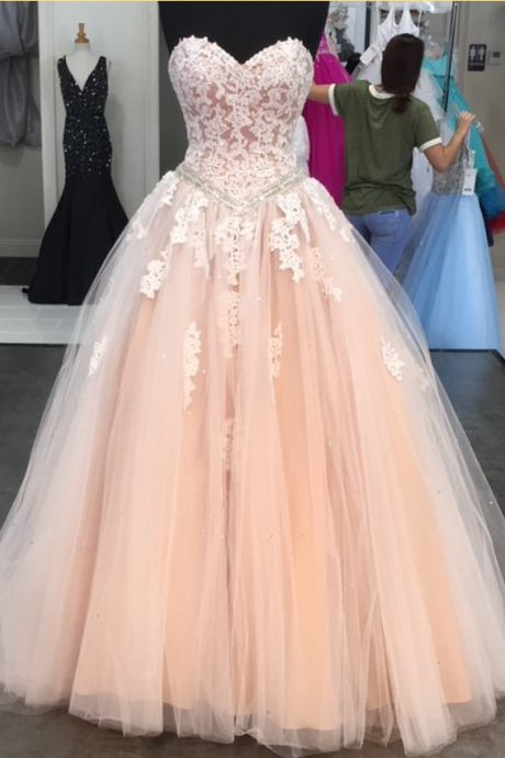 Puffy Tulle Sweetheart Lace Bodice Prom Dresses Princess Party Ball Gowns