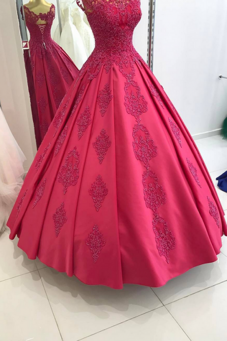 Floor Length Scoop Collar Lace Appliques Ball Gown Satin Red Evening Dresses Arabic Lace Up Back Party Formal Gowns